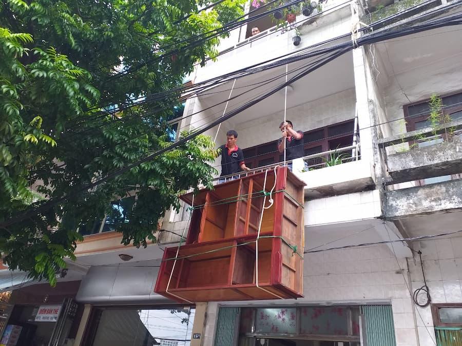 [Chia sẻ] Cách chuyển nhà cao tầng không có thang máy