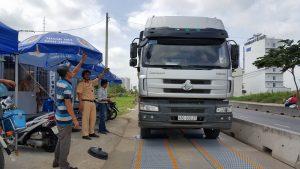 Những quy định pháp luật về tải trọng chở hàng