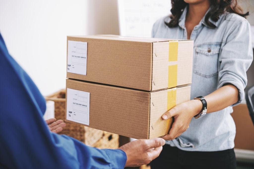 [Hướng dẫn] Cách đóng gói hàng gửi bưu điện