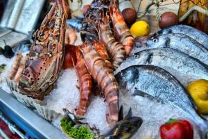 [Hướng dẫn] Cách vận chuyển hải sản tươi sống đi xa
