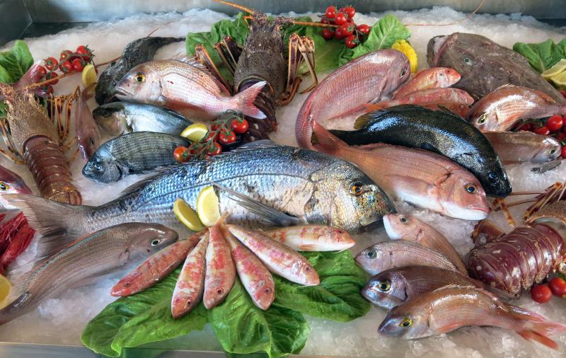 Những lưu ý khi vận chuyển hải sản tươi sống