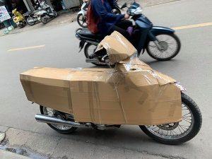 Đóng gói xe máy bằng thùng carton
