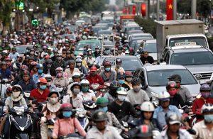 Kẹt xe gây ra nhiều bất tiện đến người dân