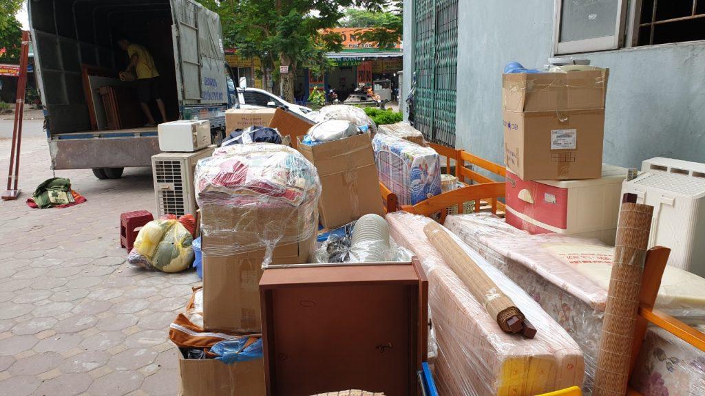 Sinh viên tự chuyển dọn nhà trọ sẽ có vô số điều rắc rối