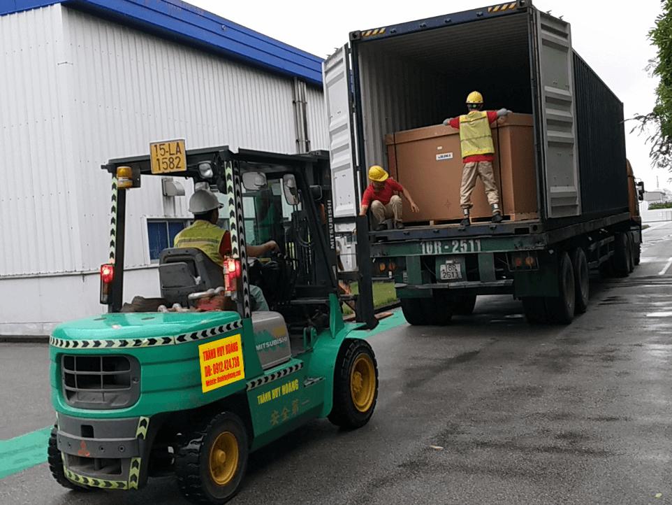 Cho thuê xe nâng rút Container theo ngày